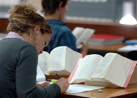 Arbeitszimmer Absetzen Student by Steuererkl 228 Rung 2014 Wichtige Tipps F 252 R Studenten Welt