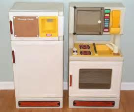 vintage tikes kitchen stove fridge 15 00 for both