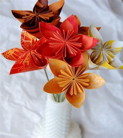 Pretty Origami Flowers - origami wedding flowers origami flower ideas
