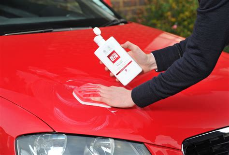 Auto Polieren by New Autoglym Resin Outperforms All Rivals