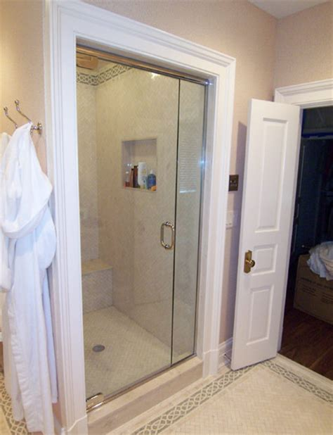 Hyline Shower Doors In Lines Abc Shower Door And Mirror Corporation Serving The Community For 70 Years