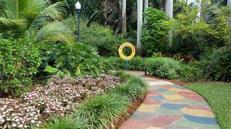 Sunken Gardens St Petersburg by Sunken Gardens In St Petersburg Florida Expedia
