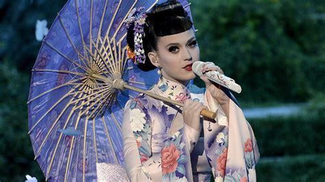 images of katy perry gzsihai com video was katy perry s ama performance of unconditionally