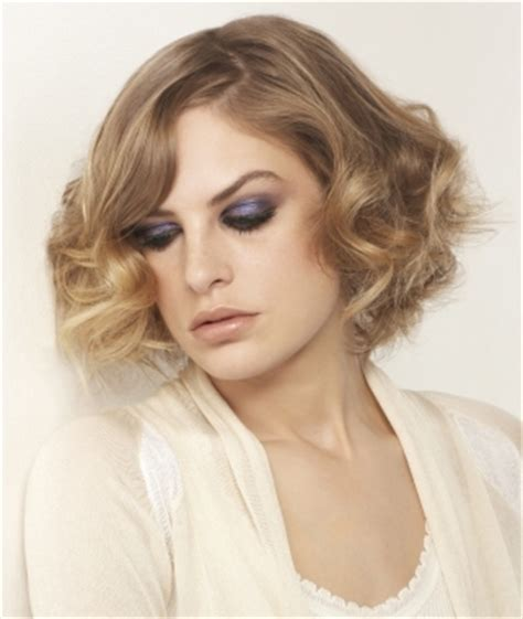 medium hairstyles using curling iron hairstyles using a curling iron