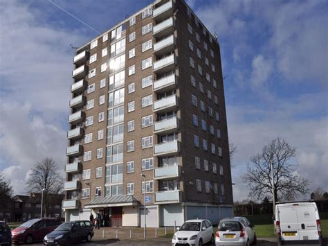 flat for sale 2 bedroom flat to rent in hatherleigh court park north