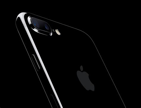high demand less supply of jet black iphone 7 plus