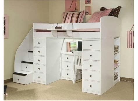 20 Loft Beds With Desks To Save Kid S Room Space Kidsomania Youth Bunk Beds With Desks
