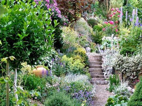 Gartengestaltung Böschung by Die Besten 17 Ideen Zu Gartengestaltung Hanglage Auf