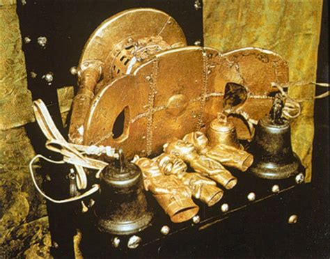 Komfo Anokye Golden Stool by Okomfo Anokye The Great Prophet And Co Founder Of