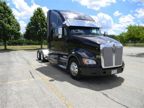 like new 2012 kenworth t700 truck for sale