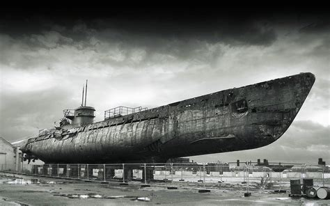 classic navy wallpaper 3d wallpapers abandoned submarines abandoned