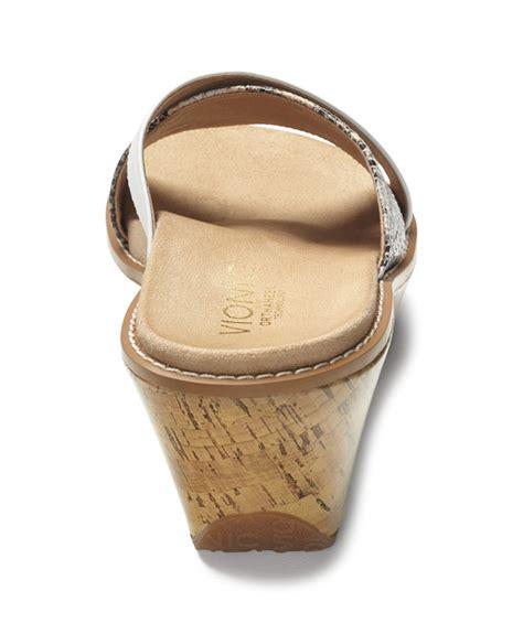 vionic montego snakeskin cork wedge sandals