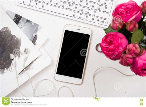 flower design with keyboard smartphone computer keyboard and fesh pink flowers on