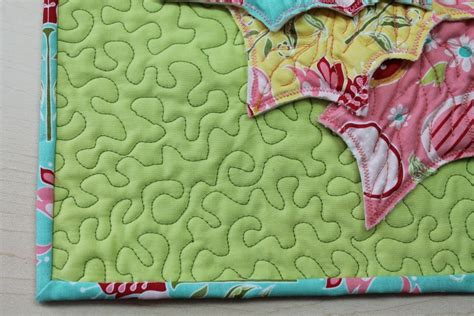 Stippling Quilting by Free Motion Quilting Stitches 5 Must Knows For Every Quilter