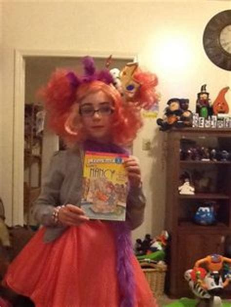 fancy nancy oodles of kittens books 1000 images about book character on book