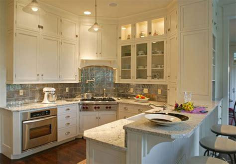 bianco romano granite with white cabinets bianco romano granite white cabinets backsplash ideas