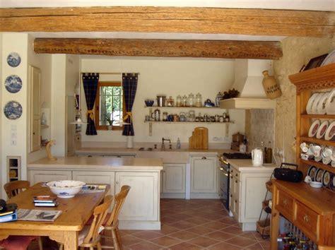 cuisine moderne dans maison ancienne dcorer une cuisine ancienne with ancienne cuisine