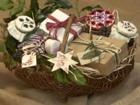sweet homemade christmas basket entertaining ideas