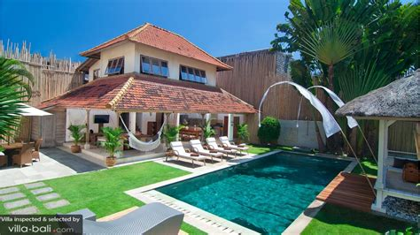villas seminyak 3 bedroom villa rabu in seminyak bali 3 bedrooms lowest price