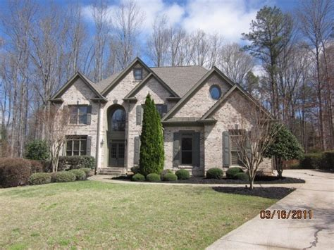 7680 laurel oak dr suwanee 30024 reo home