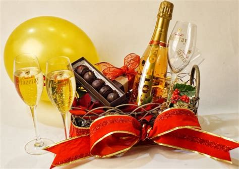 new years eve 24k gold luxury gift baskets by styleshopusa