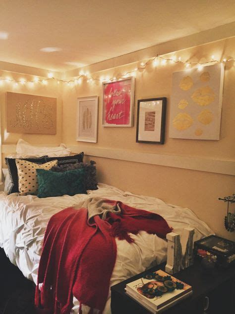 cool lights for dorm room dorm d 233 cor the simple look sincerelykenz