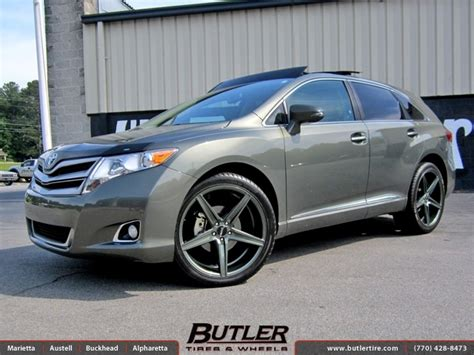 Toyota Venza Tire Size Toyota Venza With 22in Savini Bm8 Wheels Exclusively From
