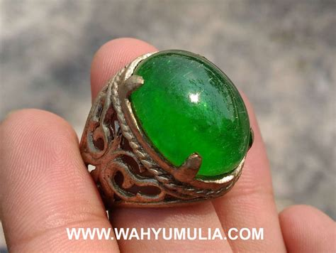 Batu Permata Zamrud Zambiaa batu cincin zamrud kalimantan kode 351 wahyu mulia
