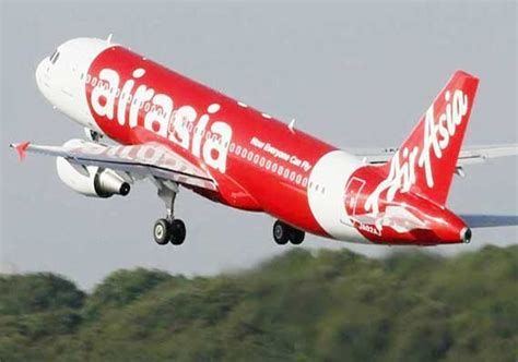 airasia news today airasia plane with 159 aboard overshoots or exceed runway