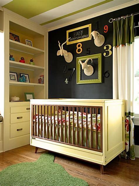 Farbige Akzente Wand by Ideen F 252 R Baby Und Kinderzimmer Mit Dunkler Wandfarbe Und