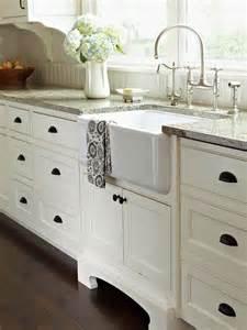 white kitchen cabinet knobs white kitchen design ideas