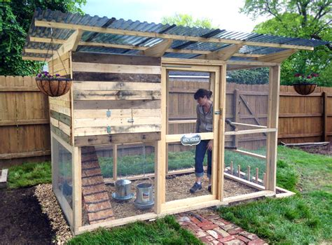 Garden Coop From Diy Chicken Coop Plans Chickens Diy Backyard Chicken Coop