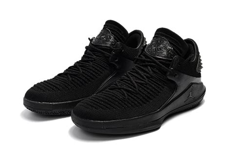 most popular basketball shoes most popular nike air 32 low black sneakers