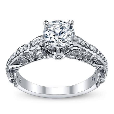 lam luxury royal lace 14k white gold