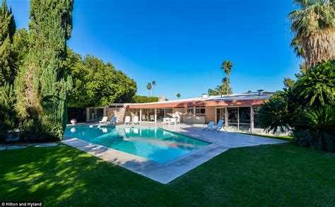 elvis honeymoon house elvis and priscilla presley s palm springs honeymoon home for sale for 9 5m daily