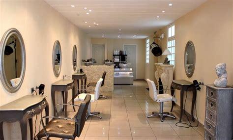 17 best ideas about salon de coiffure on