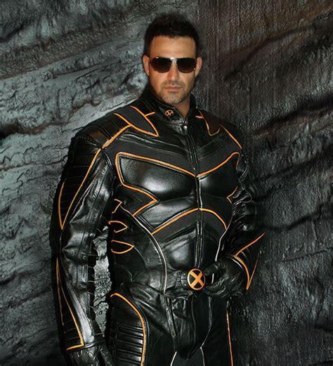 imagenes de wolverine en moto x men wolverine motorcycle suit from x2 gets real technabob