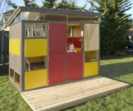 House Design To Play Relaxshacks Ten Cool Tiny Houses Shelters