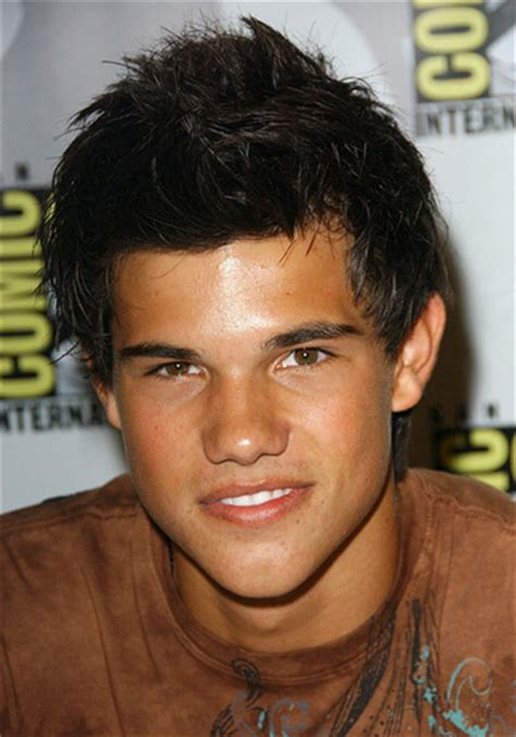 boys haircut for double crown biograf 237 a de taylor lautner biografias cortas