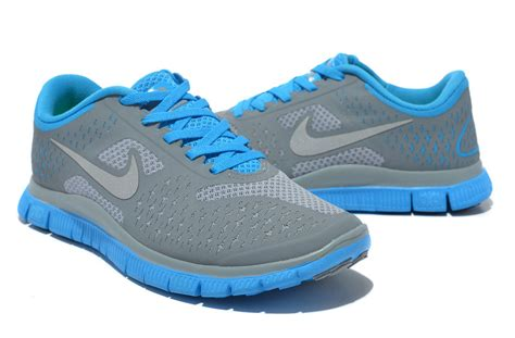 clearance womens athletic shoes clearance nike free 4 0 v2 womens gray blue running shoes