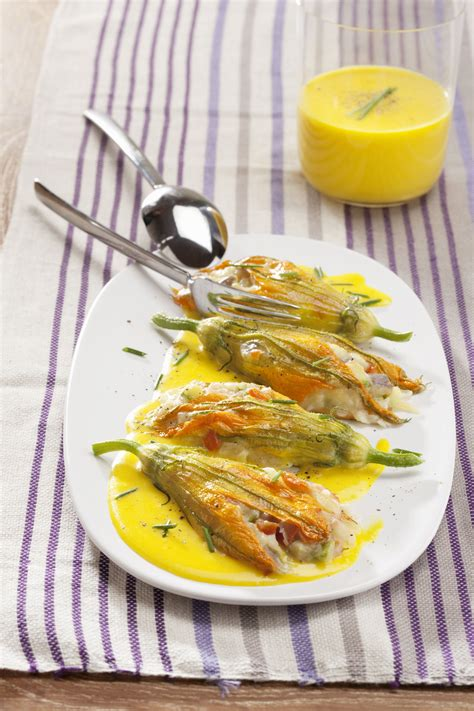 ricette cucina donna moderna fiori di zucca farciti con salsa delicata scuola di