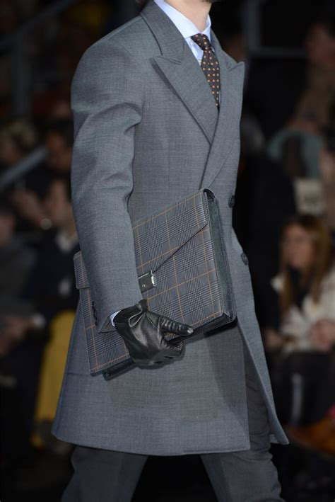 pin 2013 emporio armani saat modelleri on pinterest emporio armani men fashion fall winter 2013 14 men s
