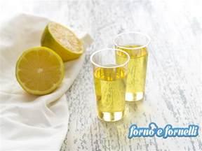 ricetta limoncello in casa ricetta limoncello fatto in casa una ricetta che si