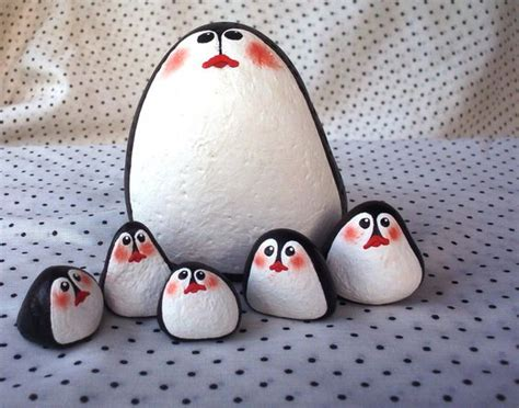 Penguin Decorations by 50 Adorable Penguin Decorations From