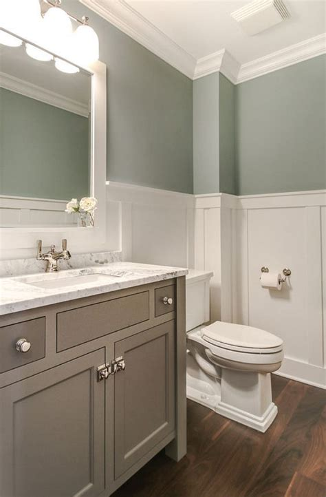 Hall Bathroom Ideas by 25 Best Ideas About Hall Bathroom On Pinterest Guest