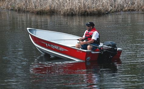 lund boats vs tracker research 2014 lund boats wc 14 on iboats
