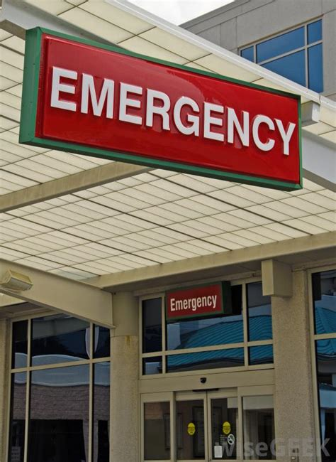 Emergency Room Tech What Does An Emergency Room Technician Do With Pictures