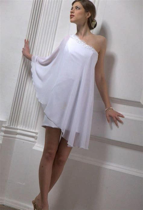 Mini Wedding Dresses by Mini Wedding Dresses
