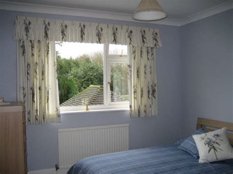 short curtains for bedroom choose elegant short curtains for bedroom atzine com