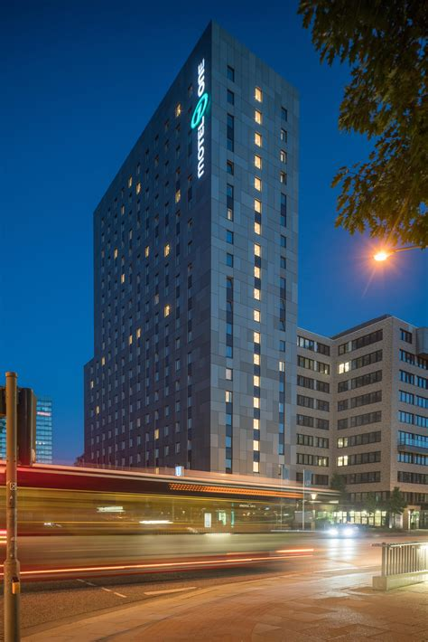 One Hotel Hamburg by Hotel Motel One Hamburg Alster